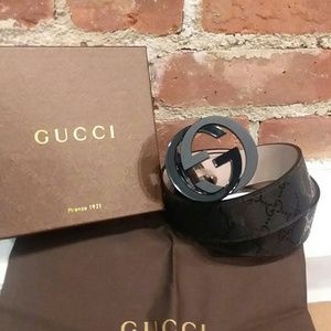 All black famous Gucci belt